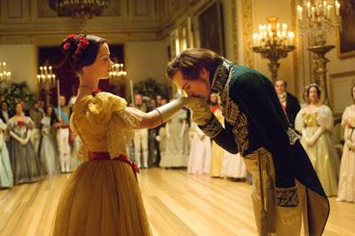 ヴィクトリア女王 世紀の愛 メインイメージ